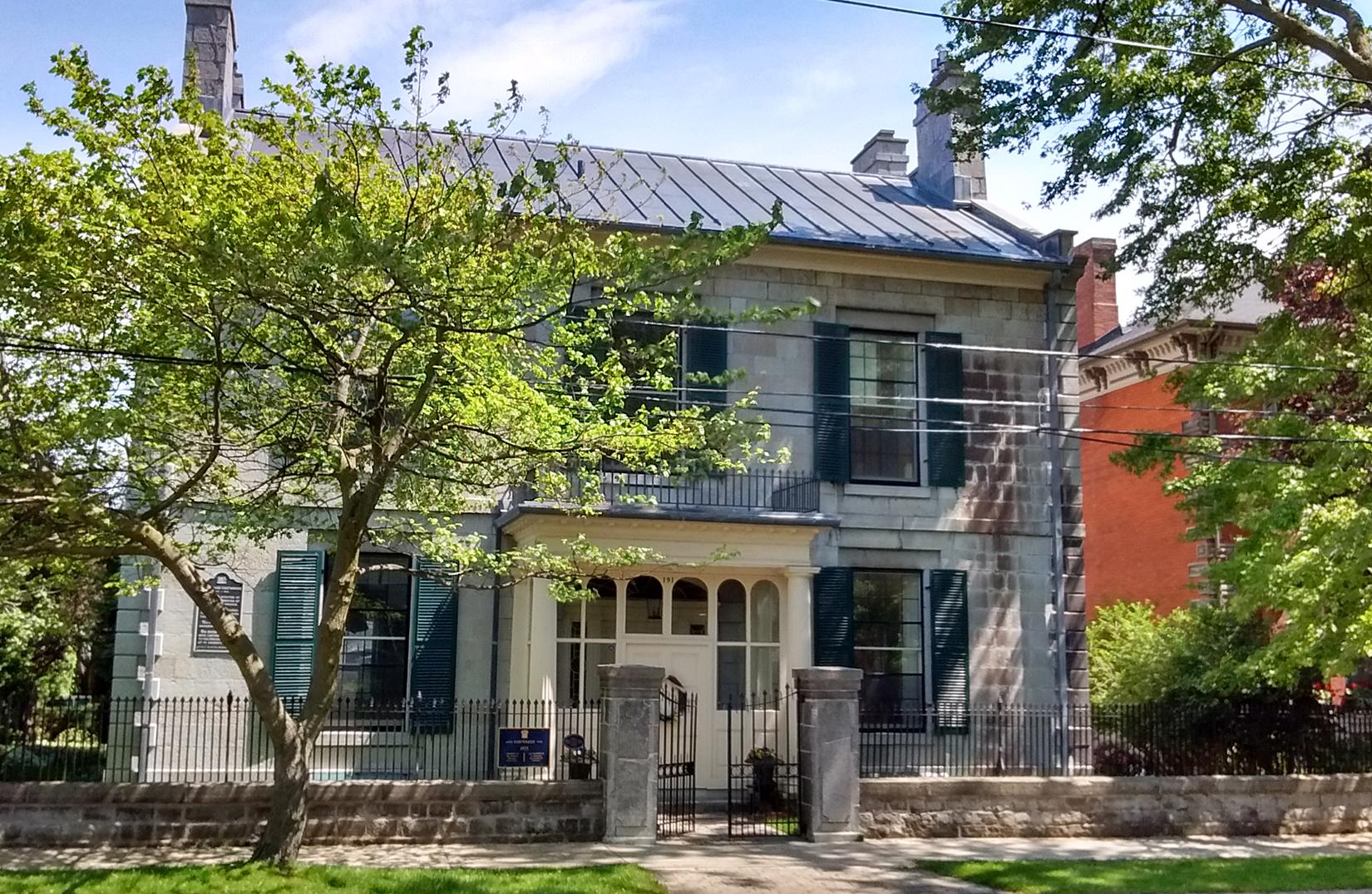 191 King Street East